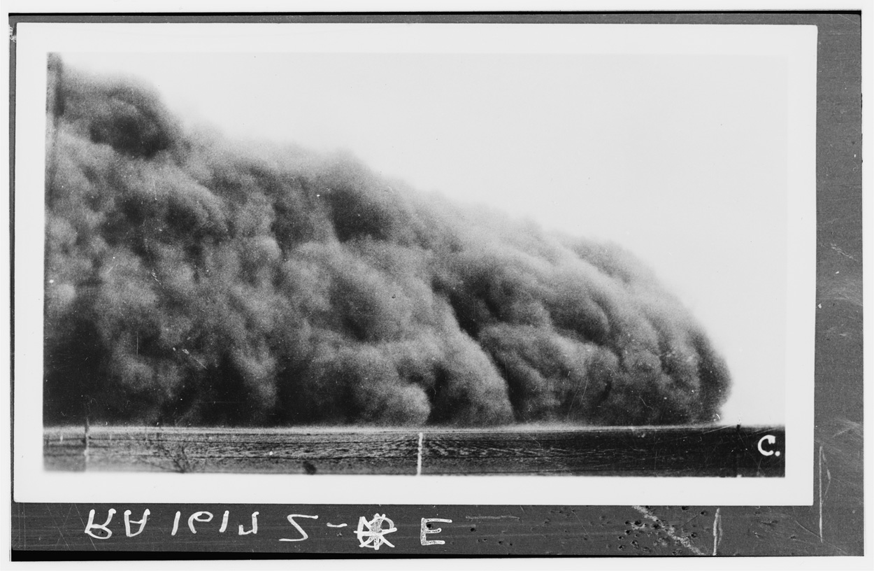 1935 Image of Colorado Dust Storm from Library of Congress
