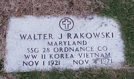 Military Tombstone: SSG Walter J. Rakowski